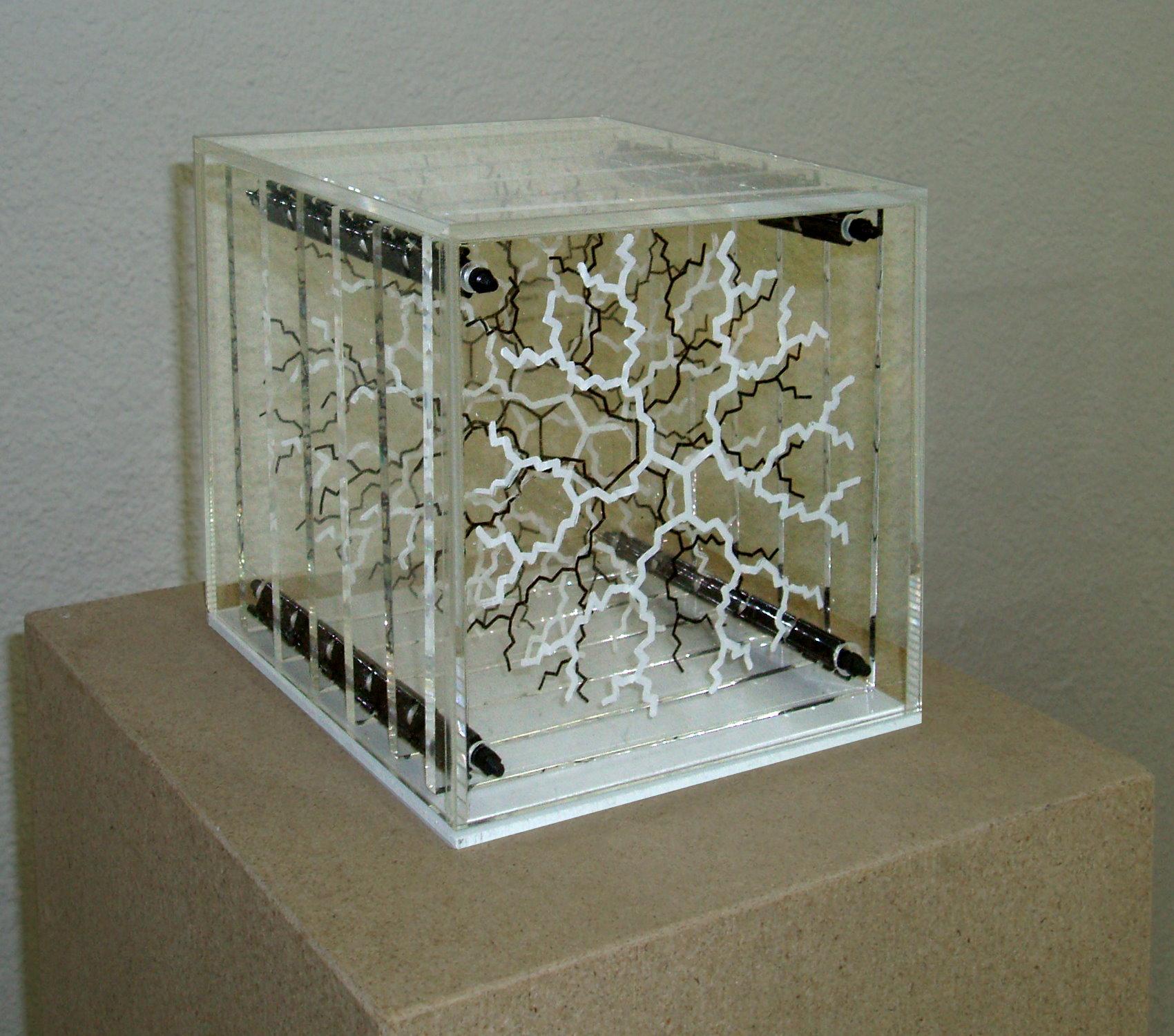 Dendrimer-Tischobjekt-schwarz-weiß